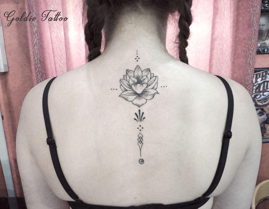 Tatouage Fleur De Lotus Dos Tatouage Dos Fleur De Lotus Femme