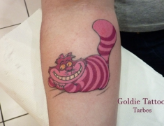 Goldie-tattoo-aout2016.-chat-alice-WEB..jpg