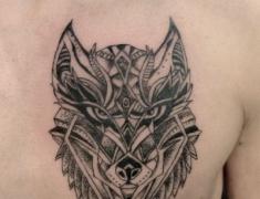 goldie-tattoo-tarbes-decembre2017.-web.tete-de-loup-dots.jpg