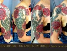 GOLDIE-TATTOO-Tarbes.oct.2018.web.couverture-par-dentelle-et-roses-sur-bras.jpg