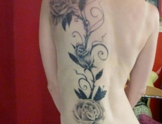 Goldie Tattoo Tarbes.22.6.2013.. roses grises (Large).jpg