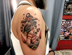 GOLDIE-TATTOO-Tarbes.sept.2017.web.SAILORETTE-OLD-SCHOOL.jpg