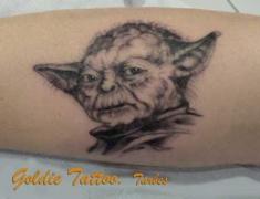 GOLDIE-TATTOO-Tarbes.23.1.2015.Maitre-Yoda..web.jpg